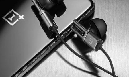 one-plus-phone-headphones