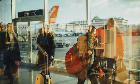 airport-us-customs-social-media-requirement