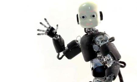iCub_waving_balance_robot
