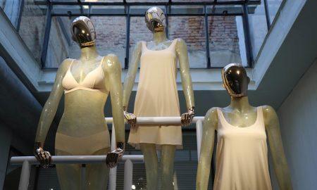Mannequins store