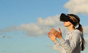 JDI virtual reality headset