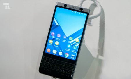 blackberry keyone mwc 2017 hands on