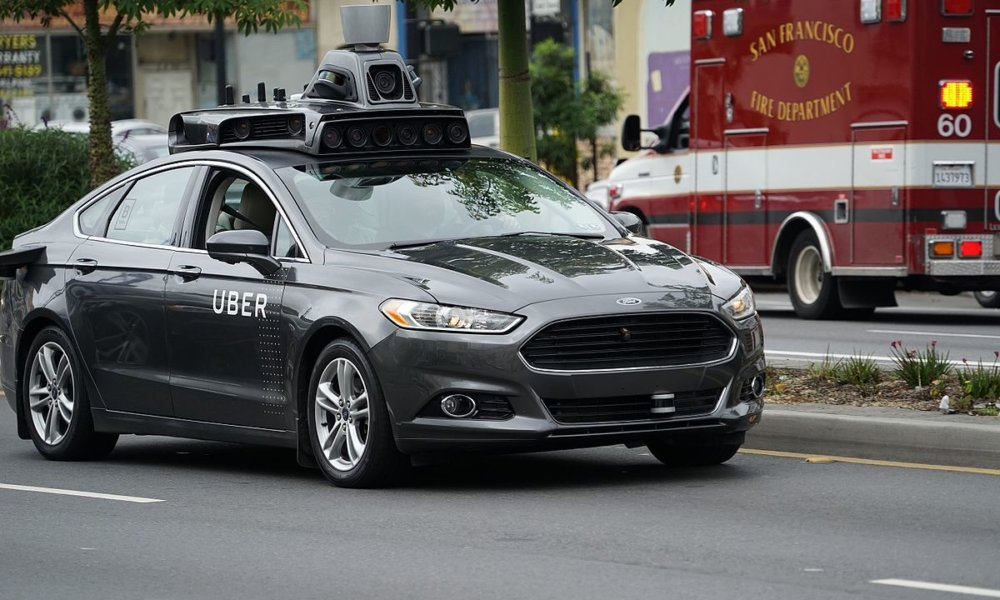 uber fatal accident arizona stops self-driving tests