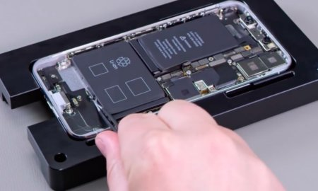 Apple-iPhone-X-repair-process