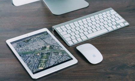 tablet-map-keyboard