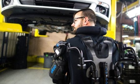 ford-introduces-exoskeleton-in-factories