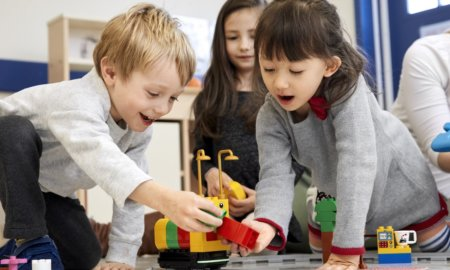 lego-toy-train-teaches-kids-stem