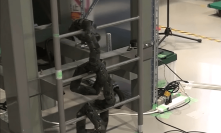 snake-robot-built-to-help-disaster-situations
