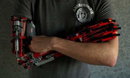 lego-prosthetic-arm