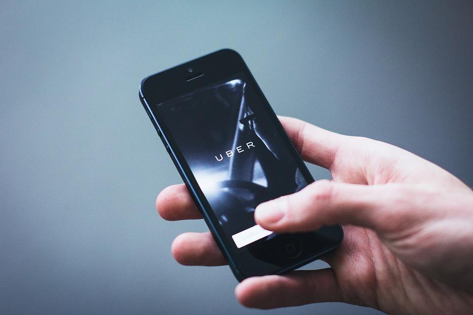 uber-app-ridesharing-public-transport-options-feature-london