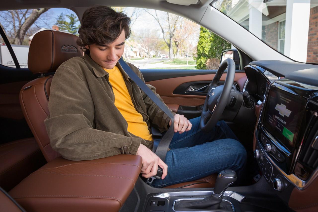 seatbelt-alert-teenagle-drivers