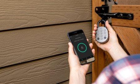 igloohome smart padlock