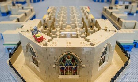 cathedral-restoration-lego