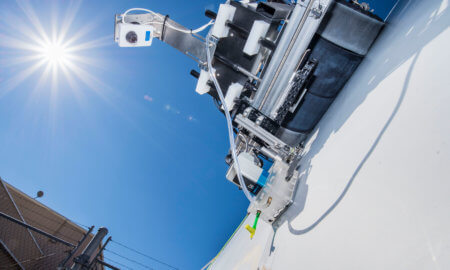 robot-can-inspect-wind-turbine-blades