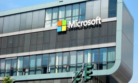 microsoft-bans-slack-and-more-from-offices