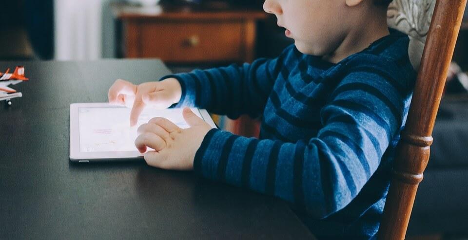 apple-adds-developer-guidelines-childrens-apps