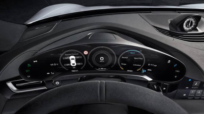 porsche taycan interior console touchscreens 2