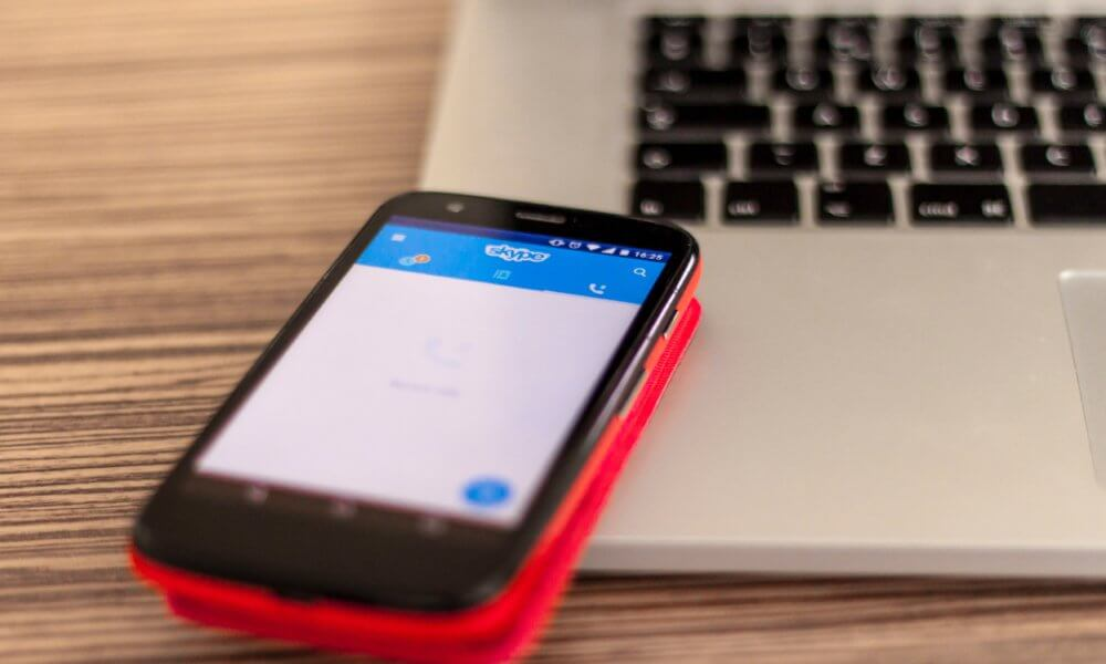 microsoft contractors listen to skype conversations