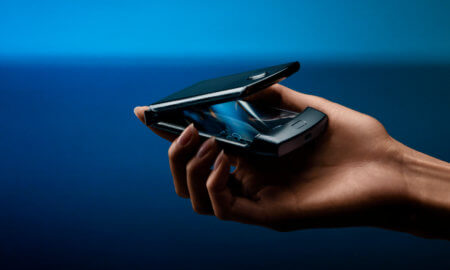 new motorola razr foldable smartphone 2019