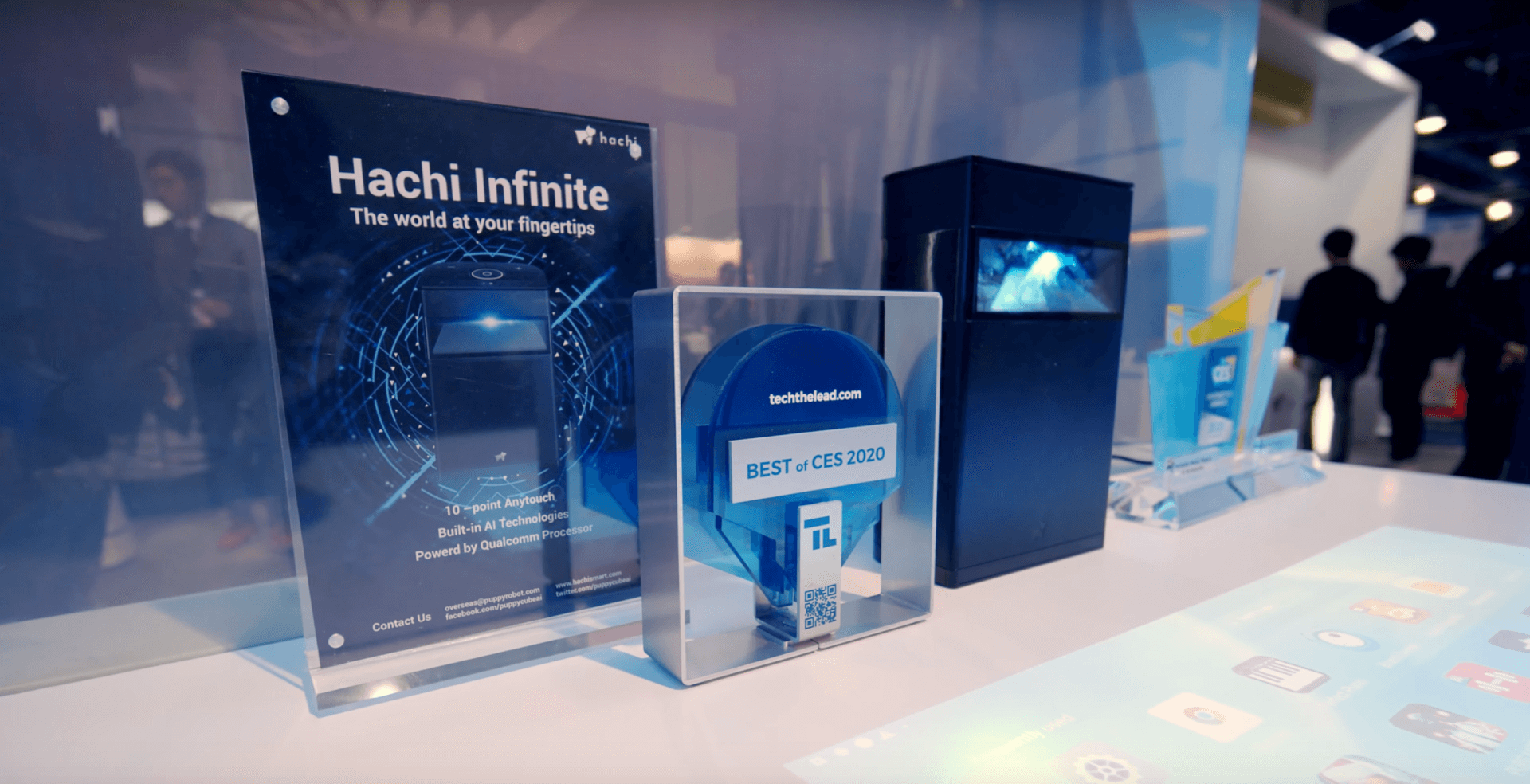 Hachi Infinite Impresses with Latency-Free Touchscreen Projection