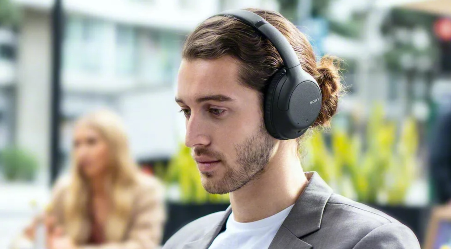 sony WH-CH710N noise cancellation headphones