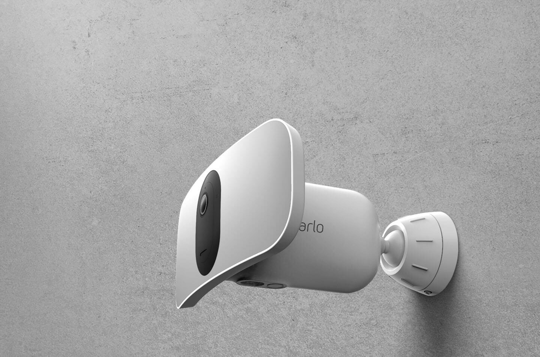 arlo pro 3 floodlight camera home security