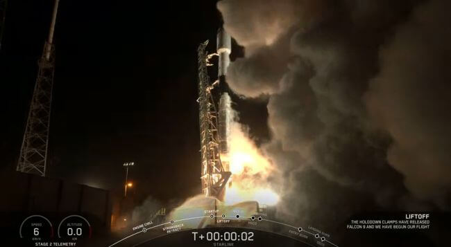 SpaceX launches 60 internet satellites into orbit