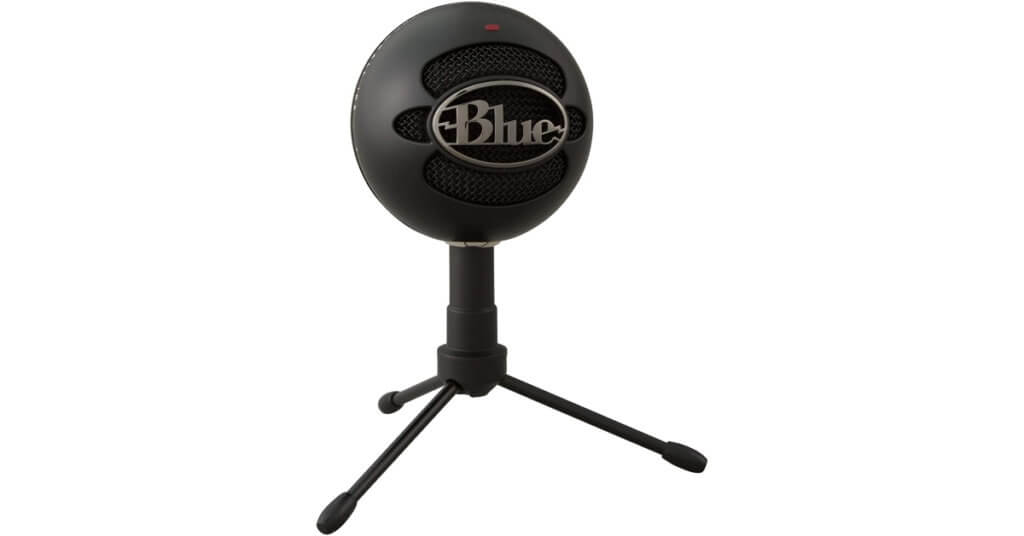 blue snowball ice microphone podcasting