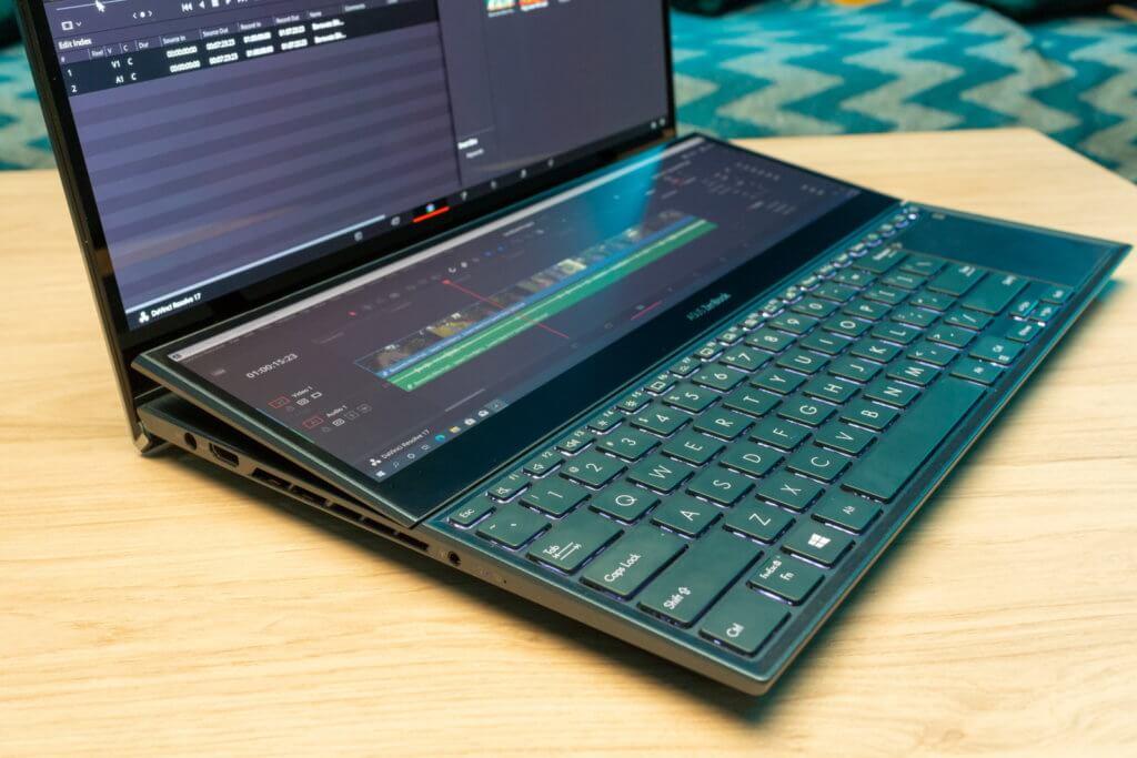 Asus ZenBook Pro Duo 15 left view