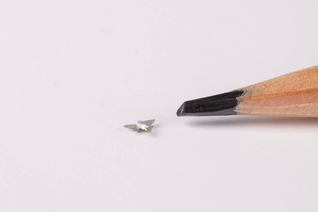 microflier world's smallest flying microchip 2